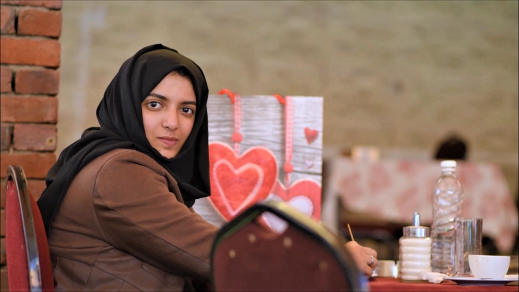 Abeer is one of Anhar's partners,who gave the idea of their project's name: Hanjamah Food for Healthy Food.